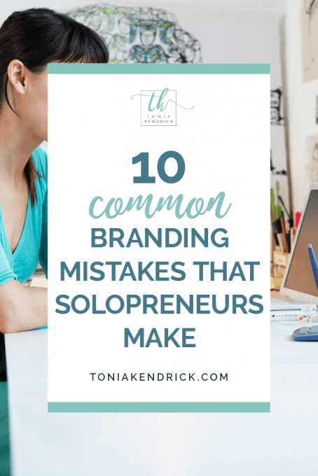 10 Common Branding Mistakes That Solopreneurs Make - featured pin.
